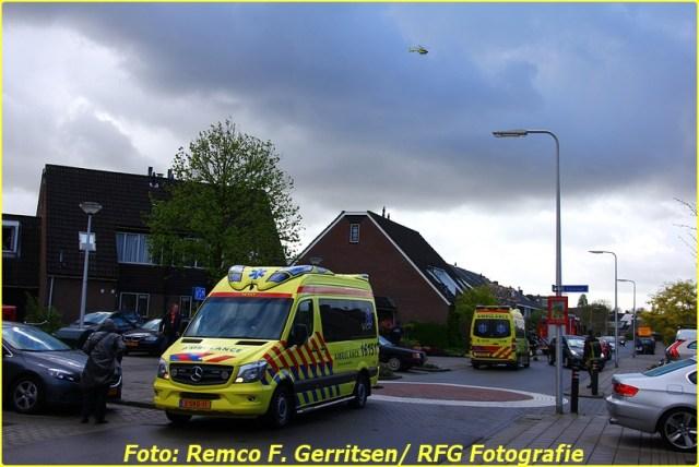 14-04-14 Prio 1 Assistentie Ambulance (Lifeliner) - Zonnedauw (Reeuwijk) (Canon) (14)-BorderMaker