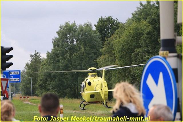 2014 0619 Traumaheli Inzet Ijweg te Hoofddorp 010 (4)-BorderMaker