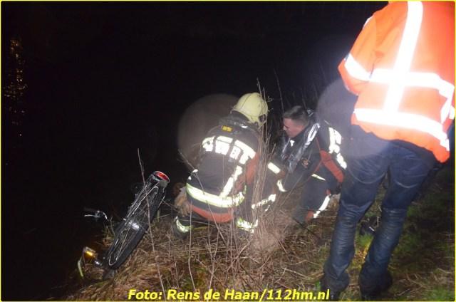 2015 01 13 Man gered van verdrinkingsdood Haastrecht_Rens de Haan (2)-BorderMaker