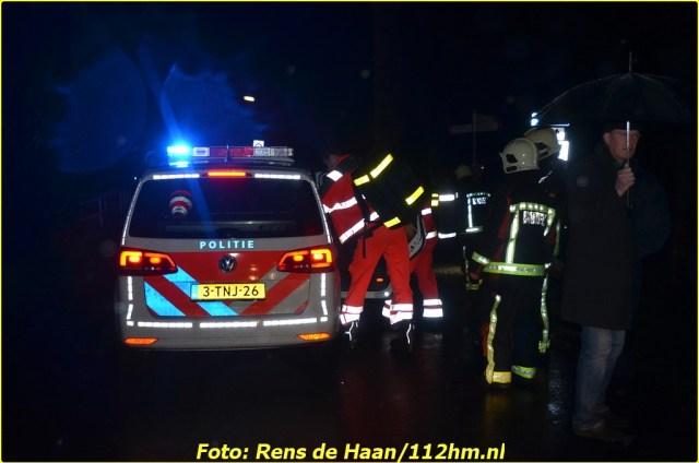 2015 01 13 Man gered van verdrinkingsdood Haastrecht_Rens de Haan (6)-BorderMaker