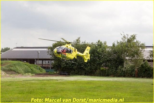 07182015_wielrenster_gewond_Terheijden_0820-BorderMaker