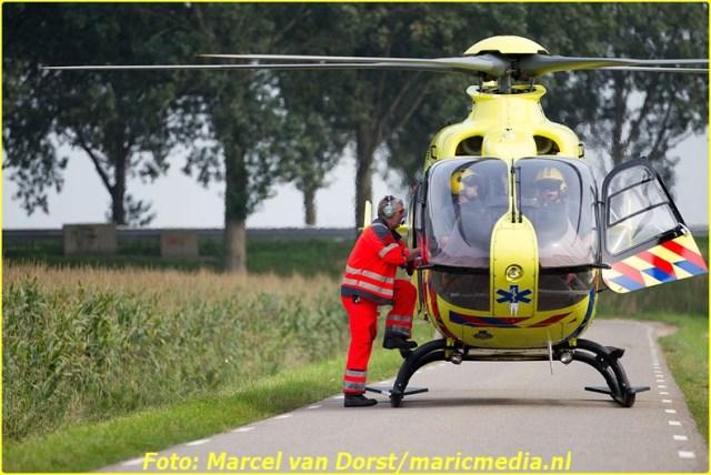 08302015_flyboarder_gewond_Oosterhoutseweg_Raamsdonksveer_1822-BorderMaker