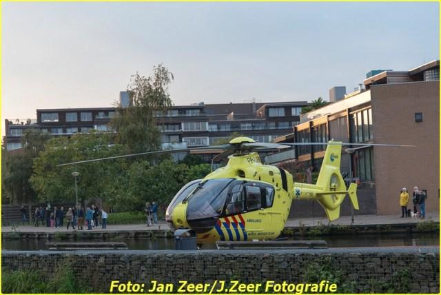 2015-10-19 Dubbele traumahelikopter inzet Schiedam 001-BorderMaker