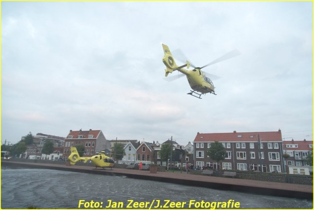 2015-10-19 Dubbele traumahelikopter inzet Schiedam 027-BorderMaker