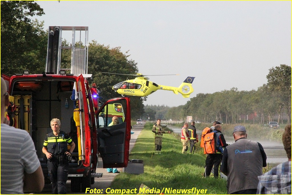 Persoon te water HuisterHeide 0074-BorderMaker