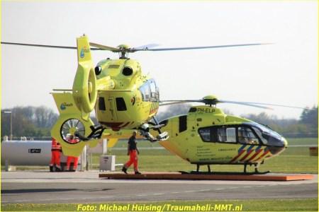 18 April Lifeliner4 en Medic01 Airport Eelde