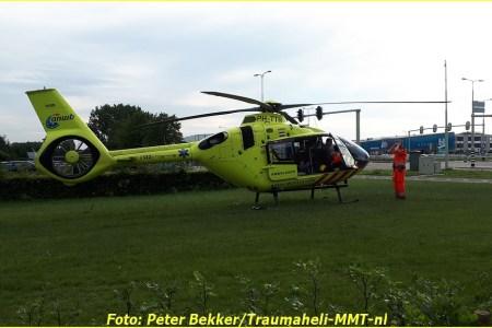 Mobiel Medisch Team voor incident naar meubelboulevard...
