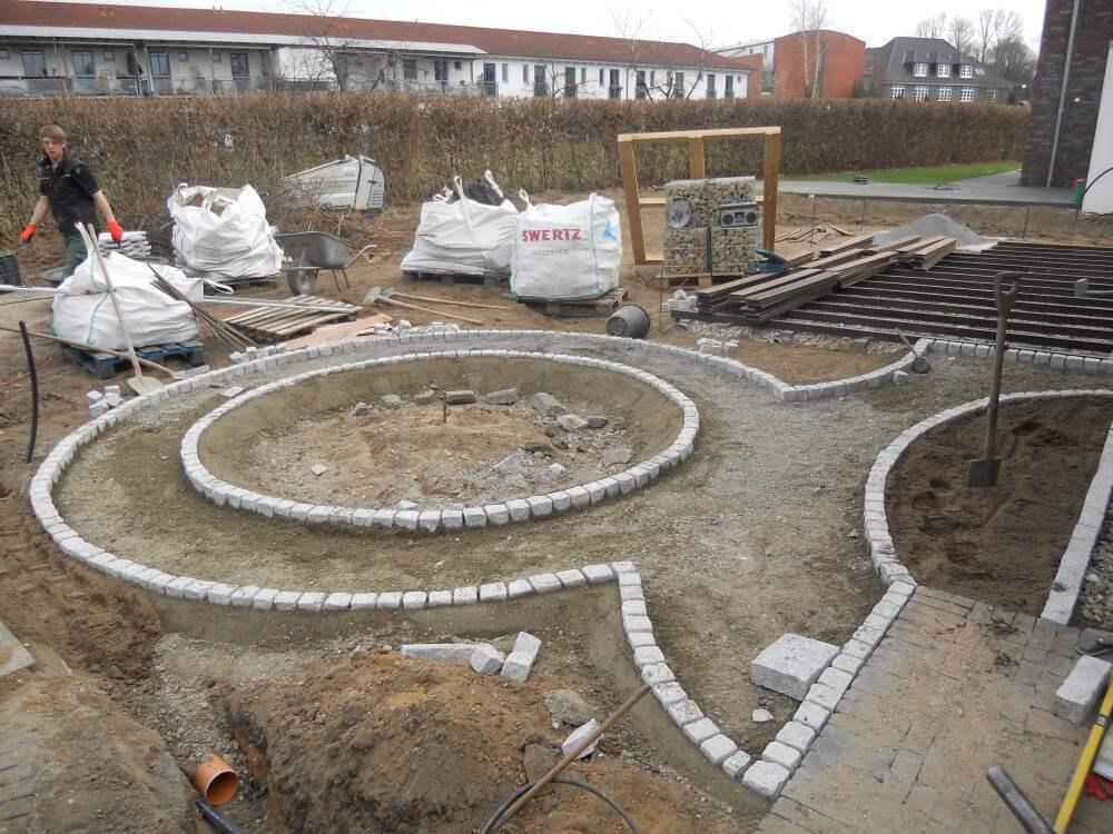 granitpflaster verlegen traumgarten. Black Bedroom Furniture Sets. Home Design Ideas