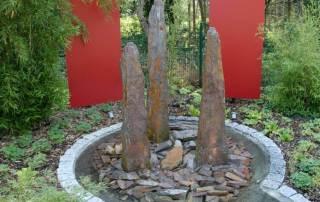 Brunnen Monolith