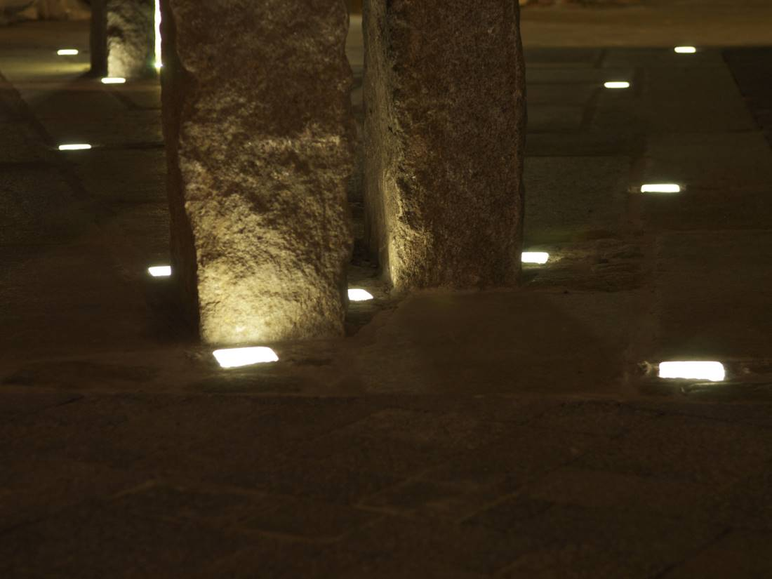 Häufig LED Leuchtsteine Pflaster | Galabau Mähler | Traumgarten VE68