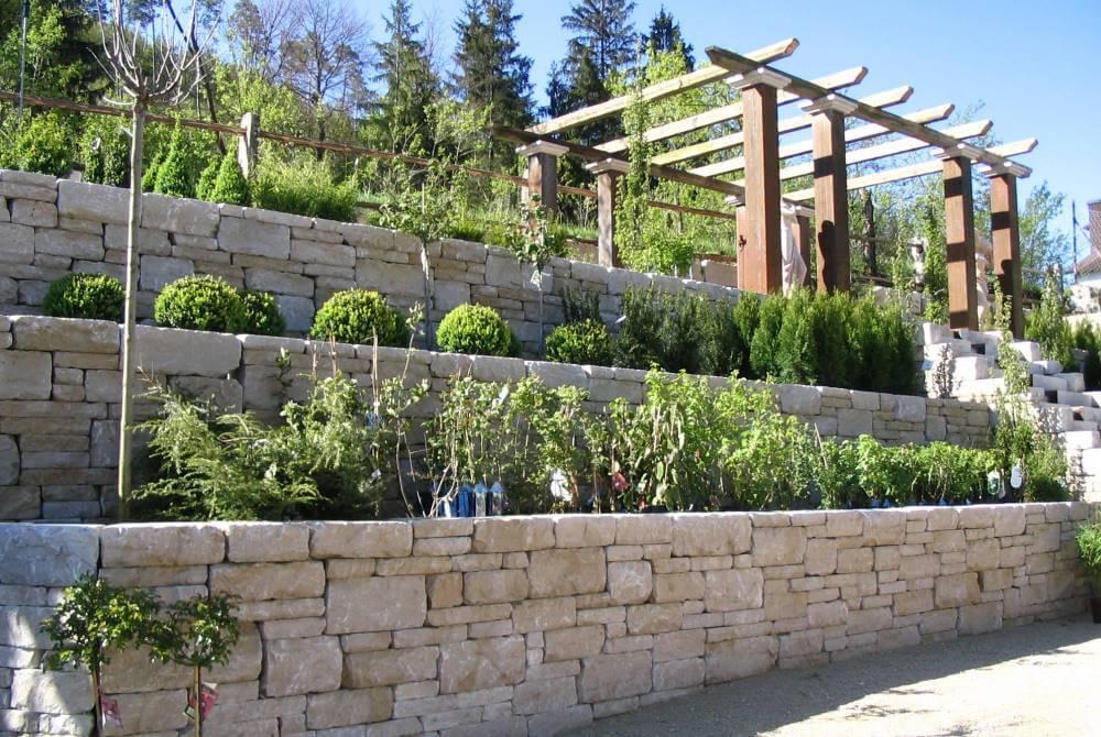 Gartenmauer galabau m hler mauer garten - Garten hanglage ...
