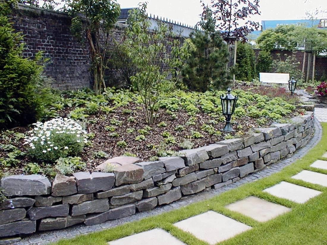Natursteinmauer | Galabau Mähler | Traumgarten