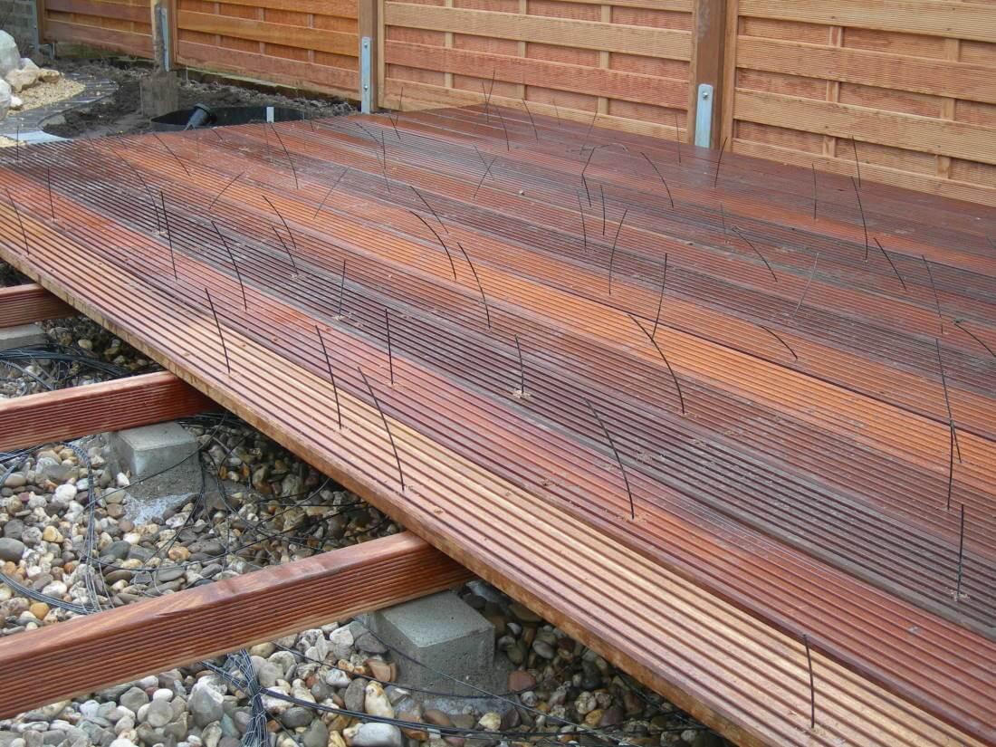 Sternenboden Holzterrasse Garten