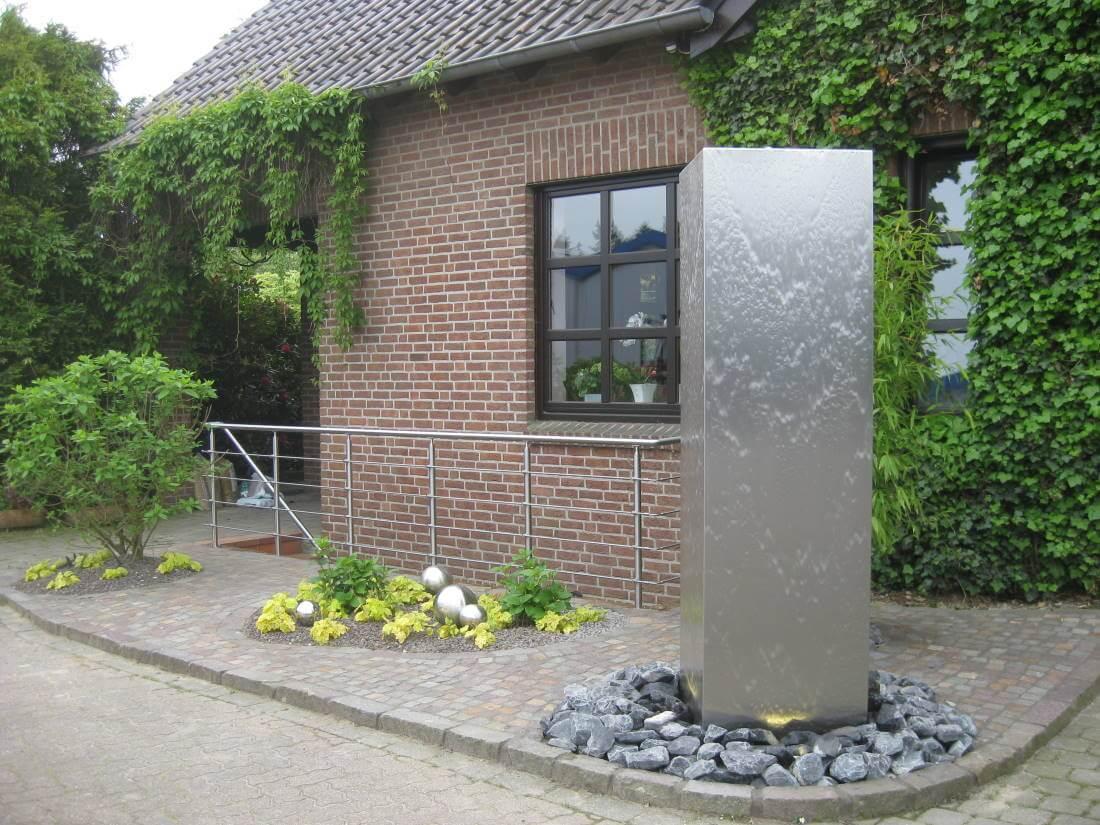 Wasserspiel Terrasse Solar : Wasserspiel aus Edelstahl Galabau M u00e4hler Vorgarten