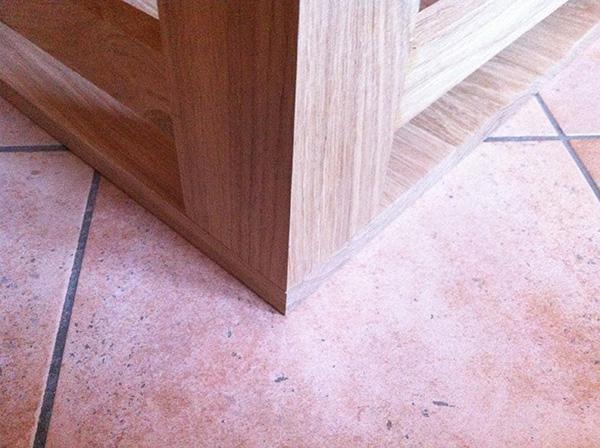 Réalisation dune table de salon en chêne massif (45