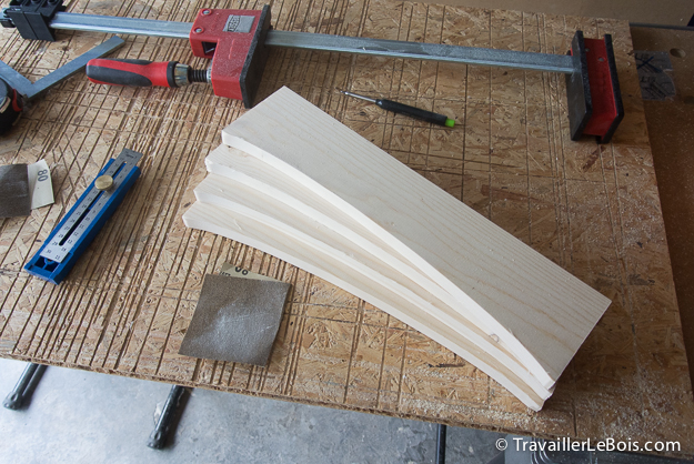 Tracer un arrondi sur planche de bois
