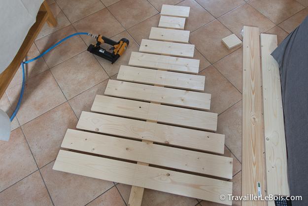 Fabriquer un sapin de Noël en bois