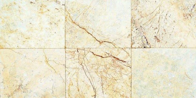 le marbre sur le plan de travail