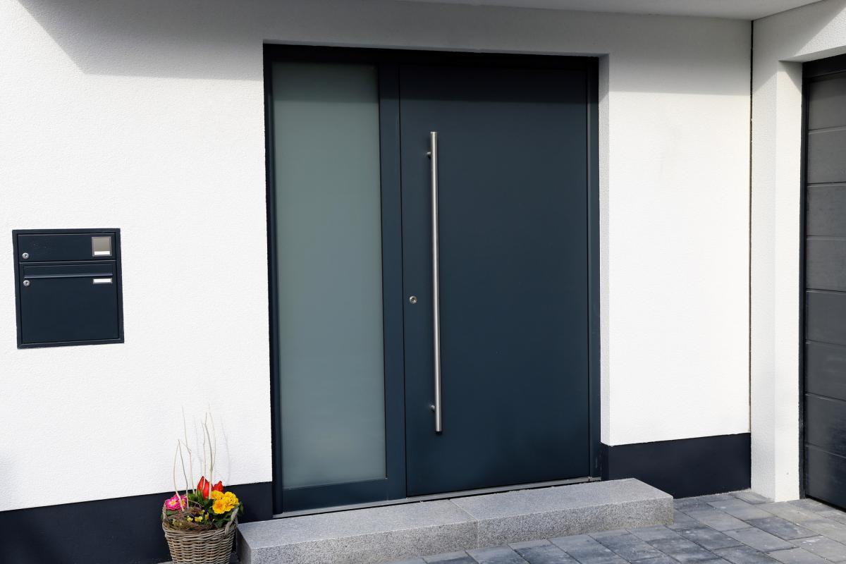 les dimensions des portes standards et