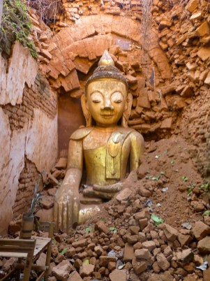 Buddah in pagoda ruin at In Dein, Inle Lake, Myanmar (Burma)