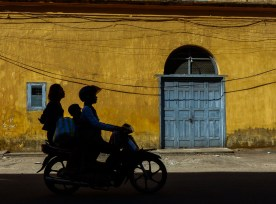 Family on motorbike in Mawlamyine