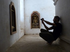 Capturing Photographers - Bagan Christian Jansen & Maria Düerkop