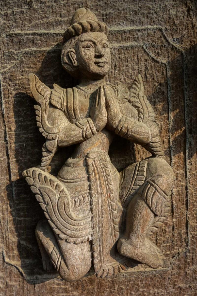 Mandalay - Teak monastery relief statue Christian Jansen & Maria Düerkop