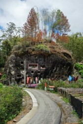 Tana Toraja - road to huge monolithic stone graves Christian Jansen & Maria Düerkop
