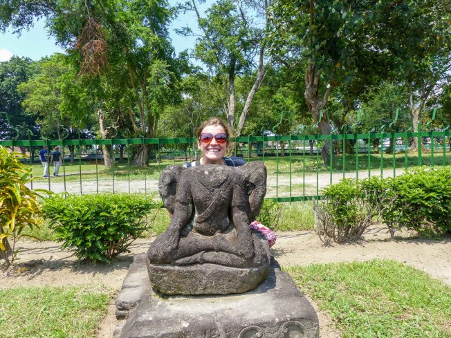 Yogyakarta - Prambanan temples: live reconstruction work Christian Jansen & Maria Düerkop