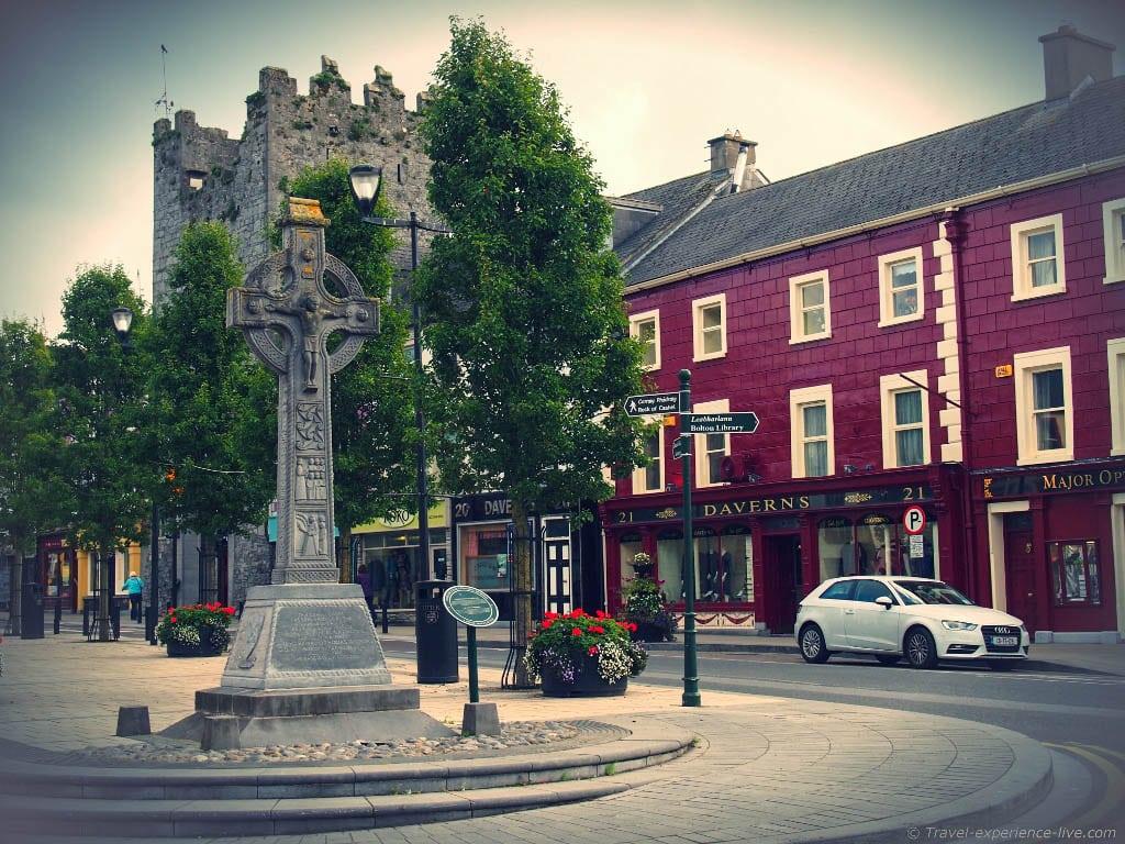 Gaelic cross in Cashel, Ireland.