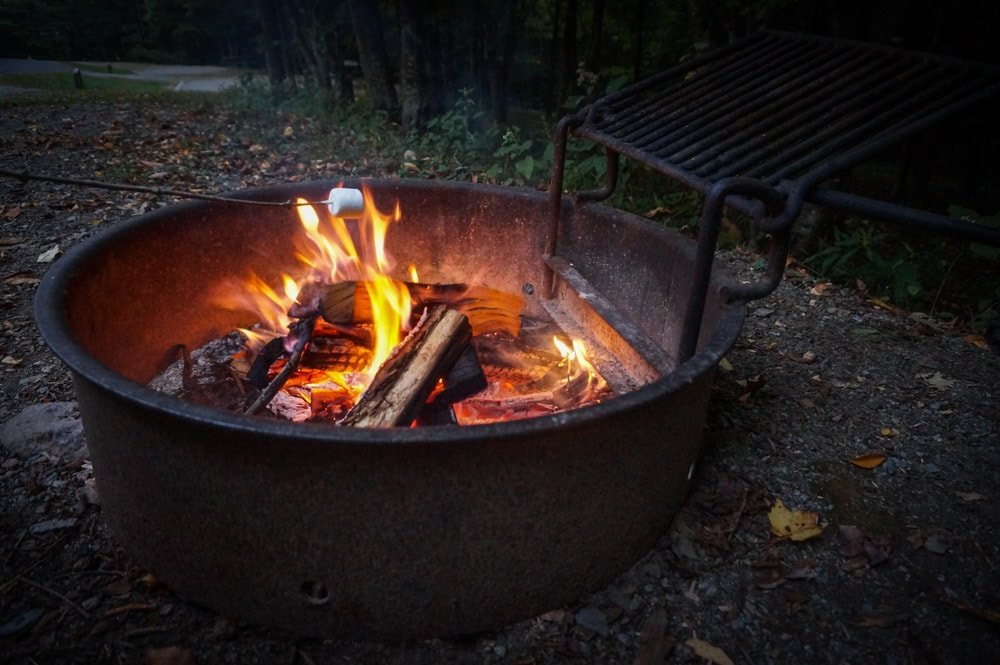 S'mores camping