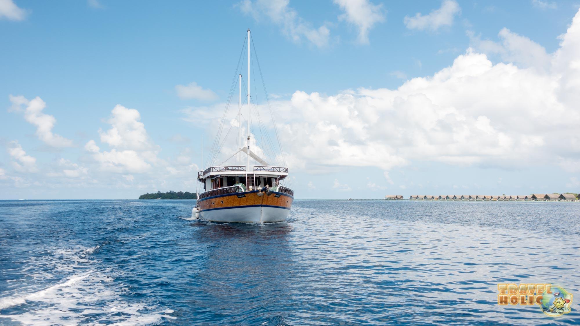 Vue de devant du Nautilus One, aux Maldives