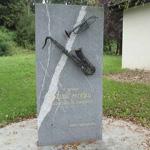 travel-slovenia-monument-of-joze-privsek-view