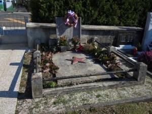 Tomb of the fallen in NLS