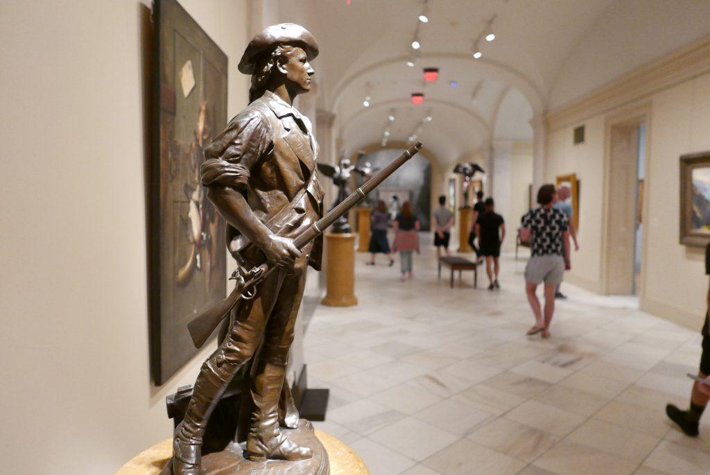 No Smithsonian National Portrait Gallery, a arte exposta se refere a um personagem histórico, um notável ou uma celebridade norte-americana ou internacional