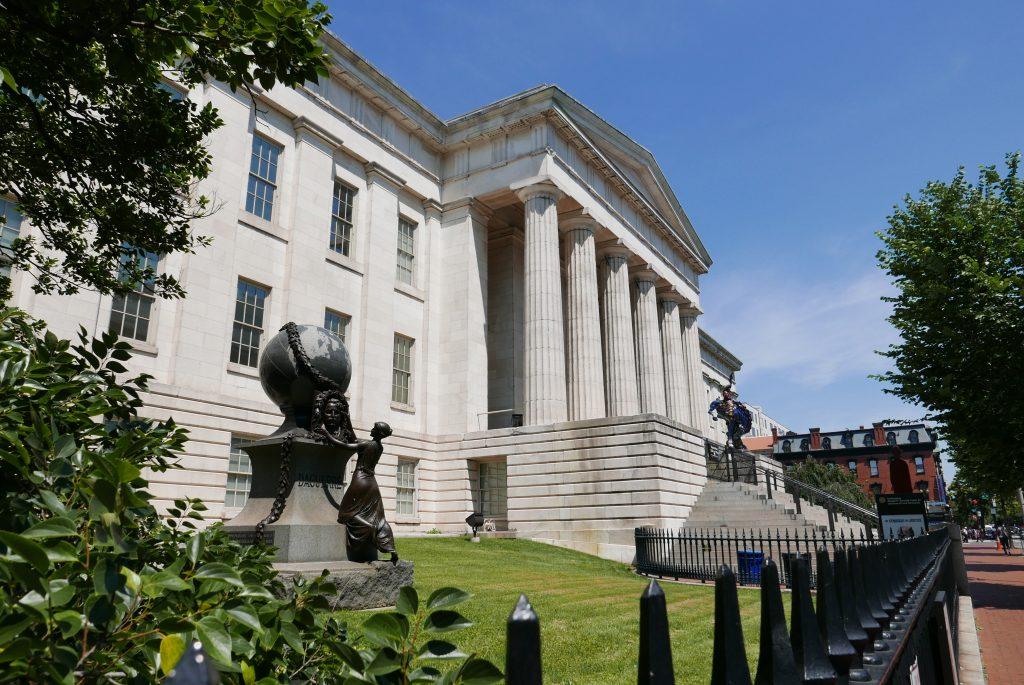 O Smithsonian National Portrait Gallery é um dos mais belos museus da capital dos Estados Unidos
