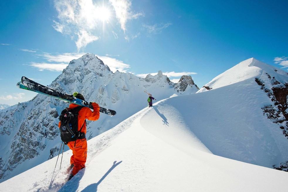 https://i2.wp.com/www.travel3.com.br/site/wp-content/uploads/2019/05/Snowboard-Cordillera-de-los-Andes_A.jpg?resize=982%2C654&ssl=1