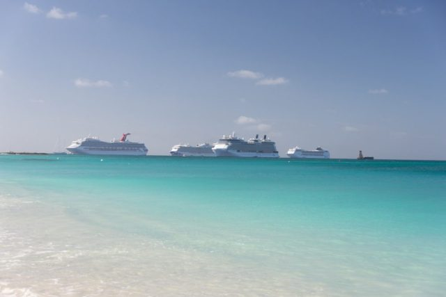 Ships in Grand Cayman