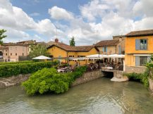 Restaurants on the river banks