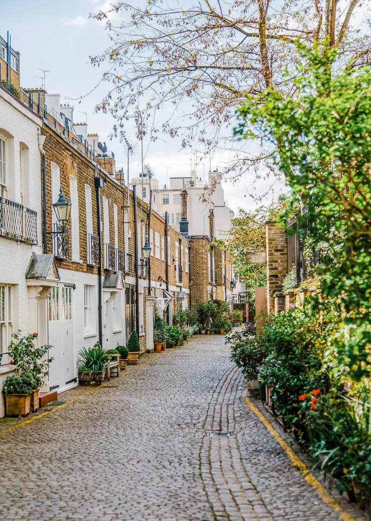 Kensington, by Bruno Martins on Unsplash