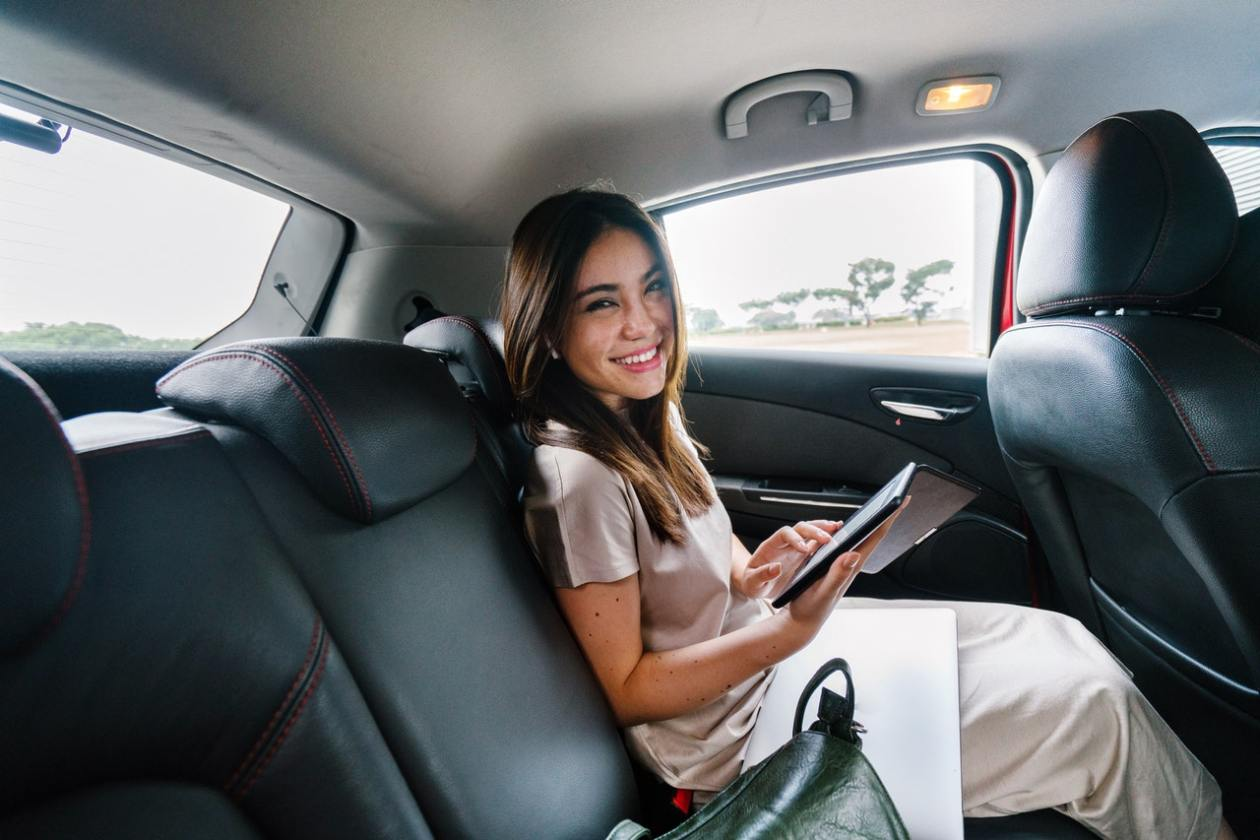 Why You Should Rideshare Instead of Leaving Your Car at the Airport | TravelAfterFive.com