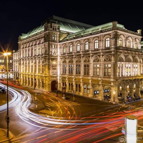 Wiener Staatsoper à noite
