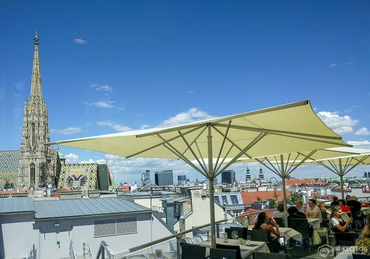Vista do Skybar em Steffl Viena