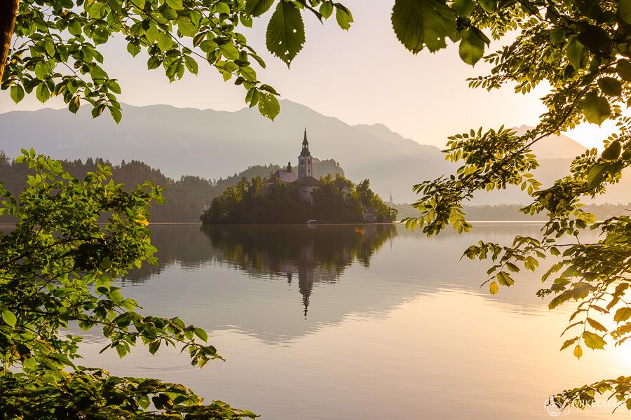 Lago Bled ao amanhecer