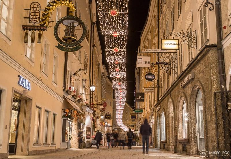 Getreidegasse, Salzburgo no Natal