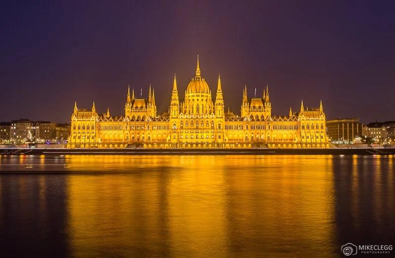 Parlamento húngaro à noite, Budapeste