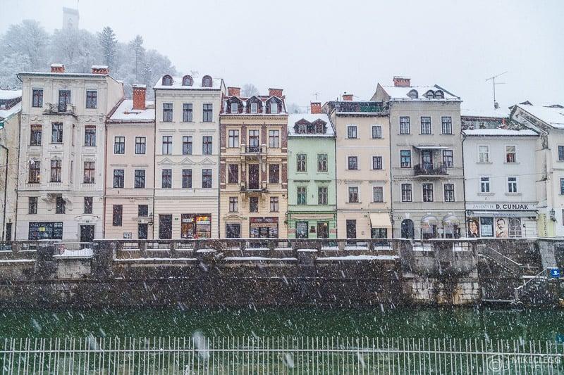 Fachadas impressionantes em Ljubljana no inverno