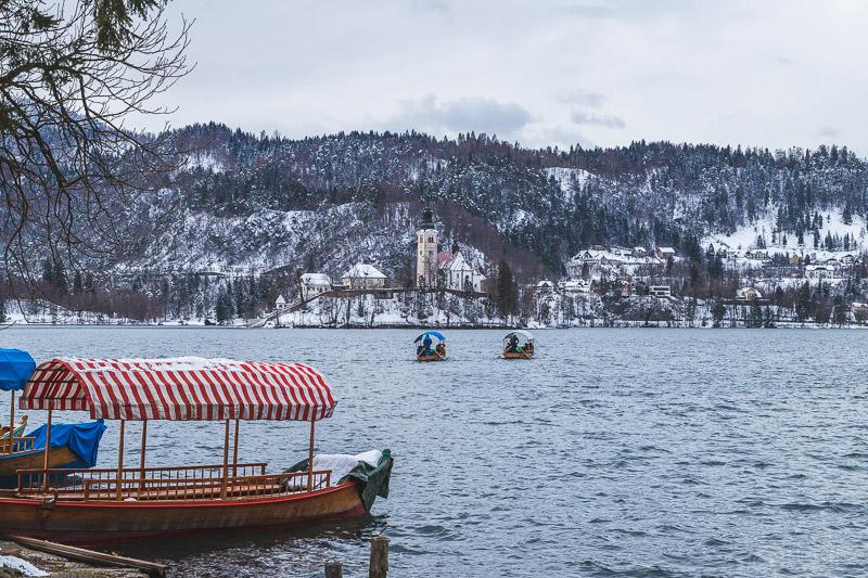 Passeios de barco Pletna em Bled