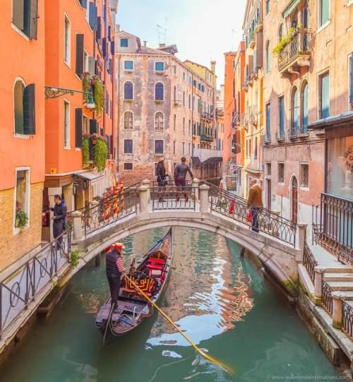 Veneza e passeios de gôndola