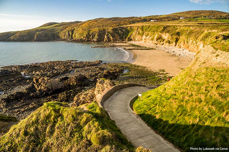 Church Bay em Anglesey North Wales